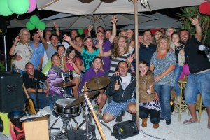 party-at-javea-beach-bar